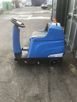Ride On Scrubber Dryer Floor Cleaning Cleanfix RA535 IBCT 2