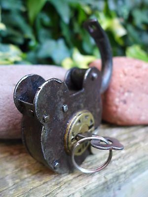 Antique Vintage Padlock with one key, working order, hobby, collector 05 6