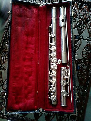 VINTAGE SELMER BUNDY Silver Plated Flute w/ Hard Case all matching serial  number