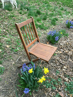 Antique Vintage Americana Wooden Folding Chairs with wooden Seats 5
