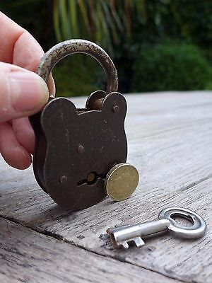 Vintage  Padlock with one key working order beautiful padlock unique collector 4