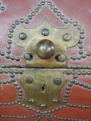 18th/19th century Leather & Brass Cylinder Trunk 5