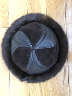 Mitchies Matchings Women's Leather Hat With Real Fur Trim EUC 7