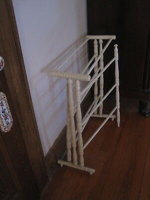Antique Wood Quilt Rack Center Section & Two Outside Movable  Arms 7