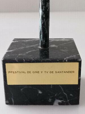 Escultura premio 1 Festival de Cine y TV de Santander en bronce por Jose Luis Fe 7