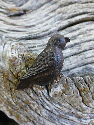 GROUP 12 CAST IRON RESTING BIRD CABINET PULLS DOOR DRAWER DRESSER KNOBS rustic 4