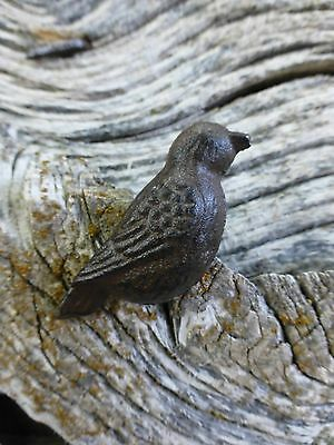 GROUP 6 CAST IRON RESTING BIRD CABINET PULLS DOOR DRAWER DRESSER KNOBS rustic 5