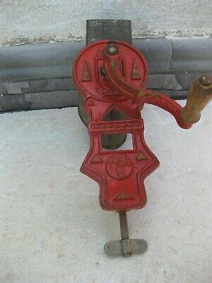 antiguo rallador ELMA en rojo 2