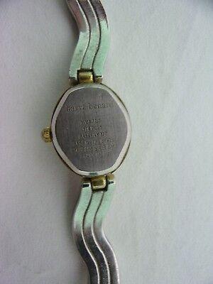 Vintage Quartz Harve Benard Wrist Watch Analog Pearl tone Face Bezel Metal Set 6