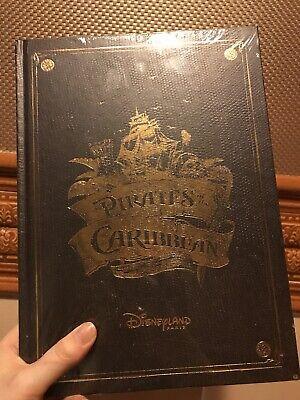 Livre Pirates Des Caraibes Disneyland Paris 50 Ans FR&EN Neuf Sealed SOLD OUT 2