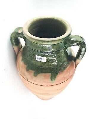 Antica anfora in terracotta smaltata verde con un manico uso in cucina arredo