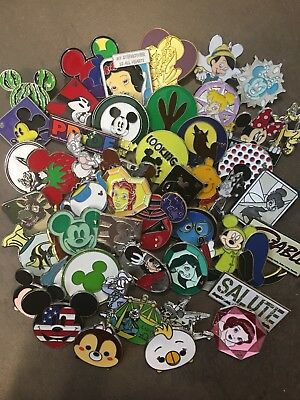 Disney Trading Pins Lot of 25 - Disney Pins in Canada 3