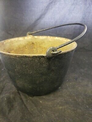 """Antique Cast Iron Bean Pot Cowboy Kettle Cauldron 3 Foot bail Handle 10"""" diam A5 2"""