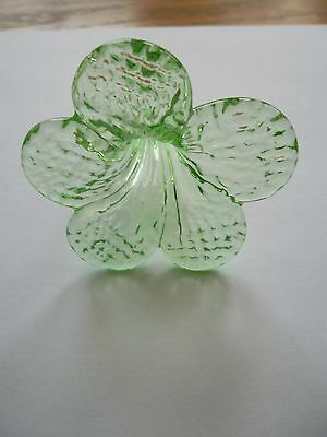 rare pretty and unusual handmade GREEN glass flower chandelier drop (D286) 3