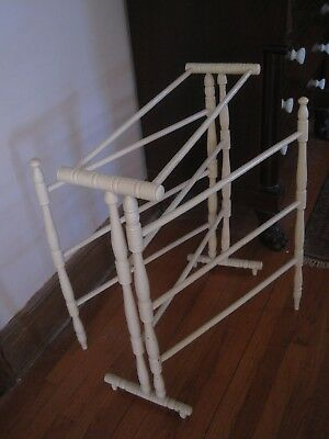 Antique Wood Quilt Rack Center Section & Two Outside Movable  Arms 5
