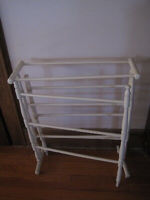 Antique Wood Quilt Rack Center Section & Two Outside Movable  Arms 6
