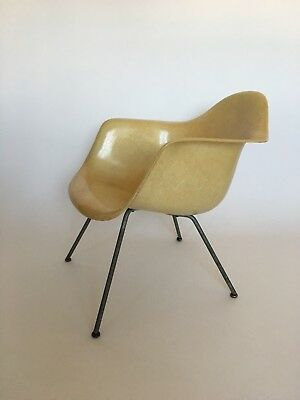 All original 1. Generation Zenith Eames Miller Rope Edge Fiberglass Lounge Chair 5
