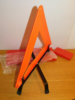 grand TRIANGLE de SECURITE SIGNALISATION panne ou ACCIDENT street safety EUROPE 3