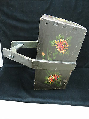Vintage Large Chinese Hand Painted Knitting/Sewing/Mag Basket 3