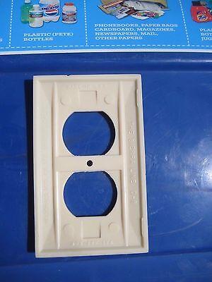 Vintage * SIERRA LINE * 1-Gang Duplex Outlet Receptacle Wall Plate Set of 1 4