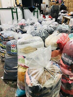 Wholesale Joblot Used Second Hand Clothes Shoes 25Kg Sacks Bags Cream, Grade 1&2 2