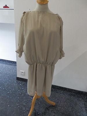 Robe beige ceremonie