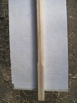Pine Stop Chamfered Spindles 32mm square 805mm long New 16 off