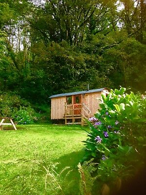 Shepherds Hut 2 Night short breaks- 2 people-£150 -  Indoor toilet sink & shower 3