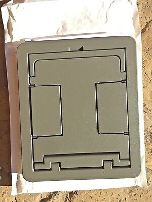 Wiremold FPBTCGY Floorport Flanged Blank Top K