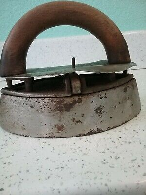 Rare Vintage Cast Iron With Slug Inside. By A K & Sons. 4