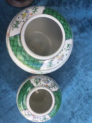 MADE IN JAPAN  , HAND PAINTED IN HONG KONG , 2 Hh GINGER JAR with Wooden lids