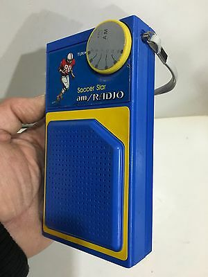 VINTAGE NOVELTY SOCCER STAR RADIO AM(MW)- BAND FROM THE 1970s-1980s 2