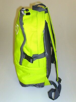 Defib/AED Emergency Carry Bag Rucksack In Lime Green Or Red 6
