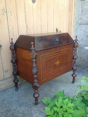 Antique Early 19th Century Inlaid Mahogany Sarcophagus Shaped Wine Cellarette 4