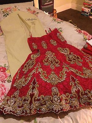 Indian Bridal Wedding Lengha Red Net Pink Thread With Gold & Silver Embroidery 7