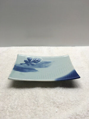 Vintage Ceramic Soap Dish  Trinket Tray Leaf  Design  Blue  4.5 x 6.5