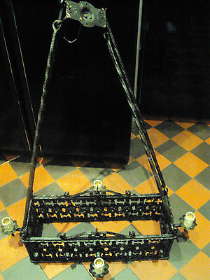 Arts&Crafts Medieval Castle Gothic Wrought Iron Chandelier,black,Harry Potter 4