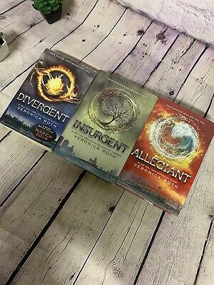 Divergent Series By Veronica Roth! Complete Set! *FREE SHIPPING* 2
