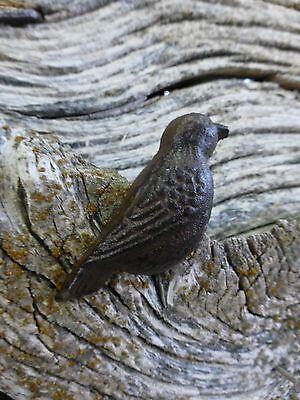 GROUP 6 CAST IRON RESTING BIRD CABINET PULLS DOOR DRAWER DRESSER KNOBS rustic 6