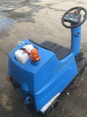 Ride On Scrubber Dryer Floor Cleaning Cleanfix RA535 IBCT 5