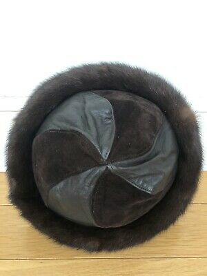 Mitchies Matchings Women's Leather Hat With Real Fur Trim EUC 9
