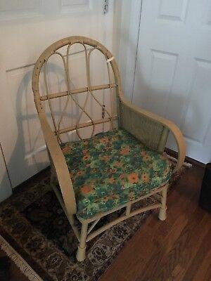 Antique wicker chair 3