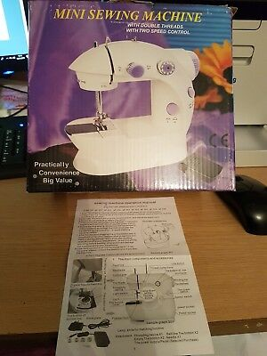 Electric Multi-function Portable Mini Desktop Sewing Machine handheld with LIGHT 10