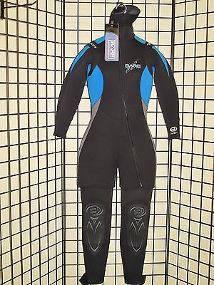 f52f966ed0 ... Bare Velocity 7mm Women Step-In Hooded Vest Wetsuit for Cold Water Scuba  Diving 10