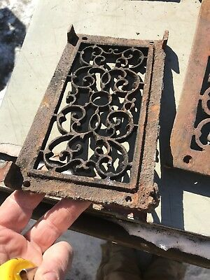 Rl 4 13 Av Price Each Antique cast-iron heating great with foot 4.75 x 8.5 8