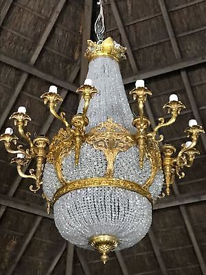 French Chandelier with Crystals and Gilded Bronze (Louis XVI) 2