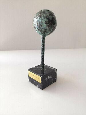 Escultura premio 1 Festival de Cine y TV de Santander en bronce por Jose Luis Fe 5