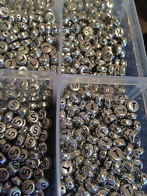 100 Silver plated Round flat Acrylic Alphabet Single Letter Beads A-Z 7x4mm  *