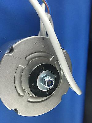 KULTHORN  CONDENSER FAN MOTOR 28W out  0.60AMP 1350RPM KJB2S4701 HUB SHAFT 3