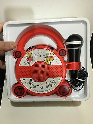 VINTAGE NOVELTY ELFTONE SING-A-LONG WITH MIC RADIO BAND AM(MW)1970S -1980s 4
